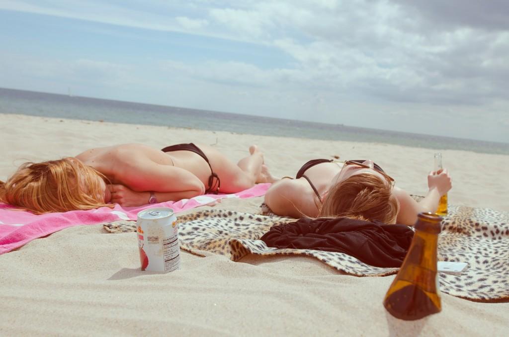 beach-455752_1280