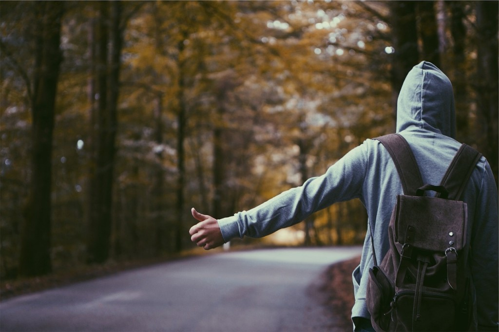 hitchhiker-691581_1280